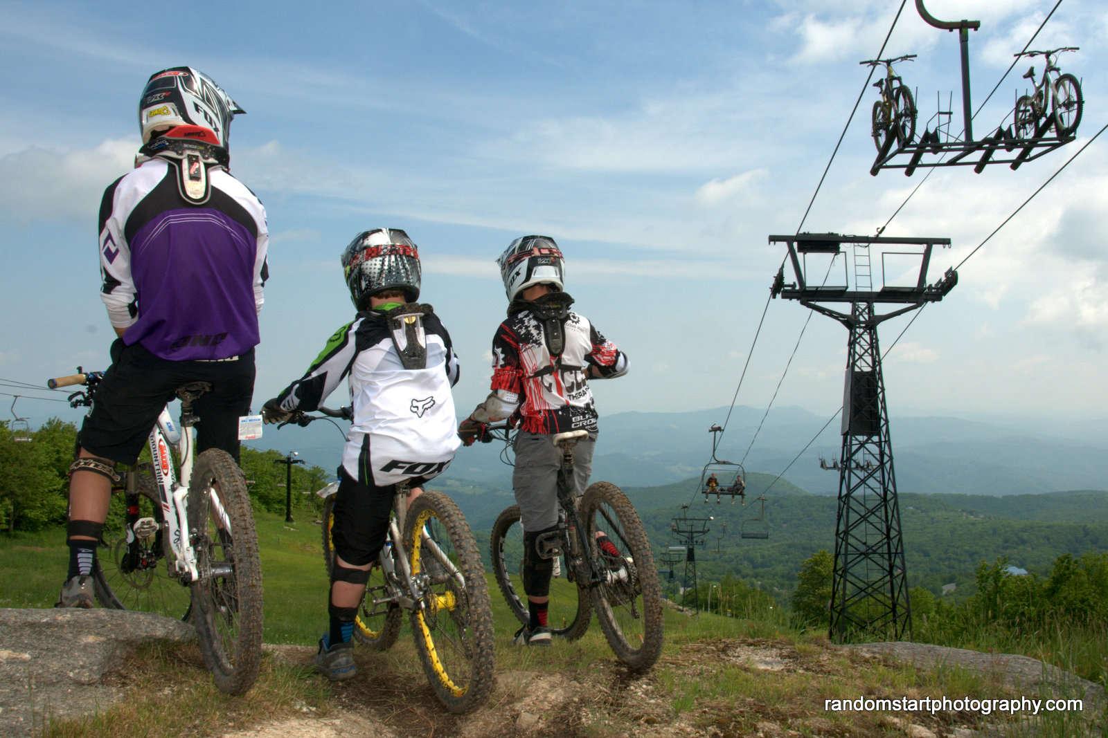 Mountain biking beech mountain biking for Boone ski cabin rentals