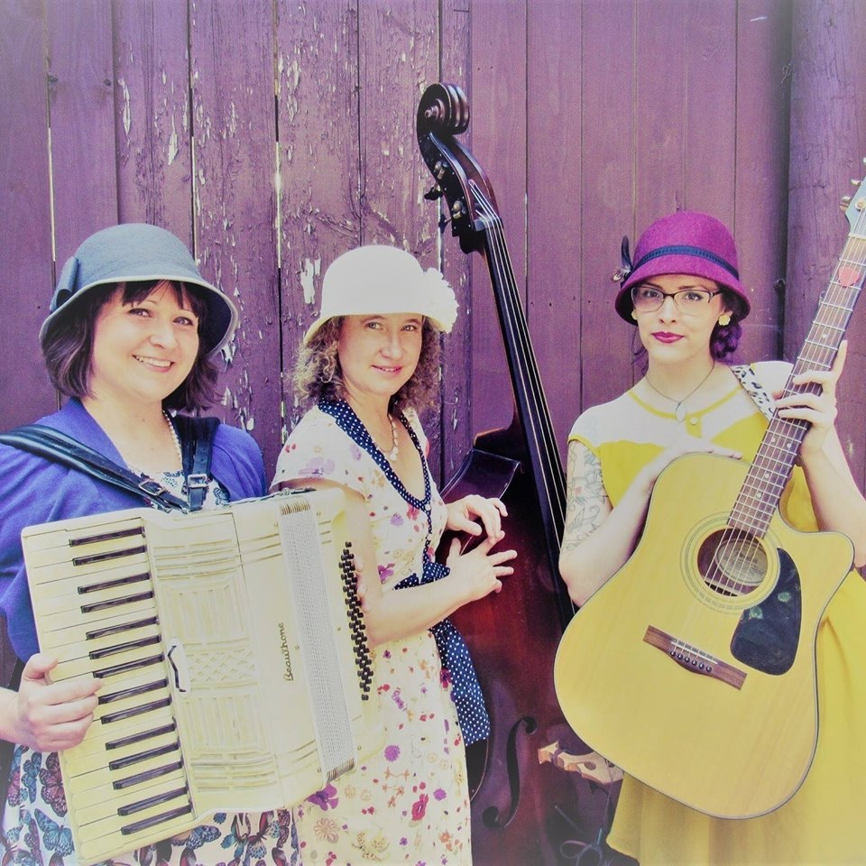 Live Music with Shelby Rae Moore and the Mercury Dames